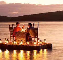 Romantic Dinner on the Delaware River