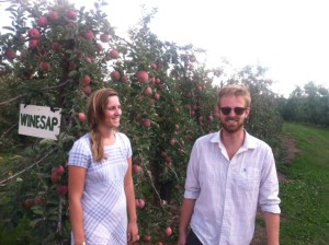 New Hope apple picking