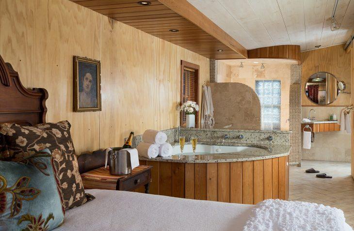 Delaware Suite Room