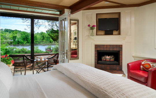 River View Suite with fireplace at Bridgeton House on the Delaware