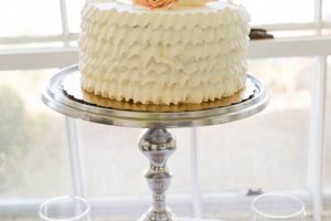 Closeup of Elopement Cake in Tea House